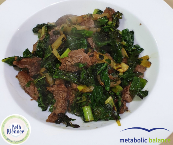 Metabolic Balance Beef with sauteed spinach and garlic
